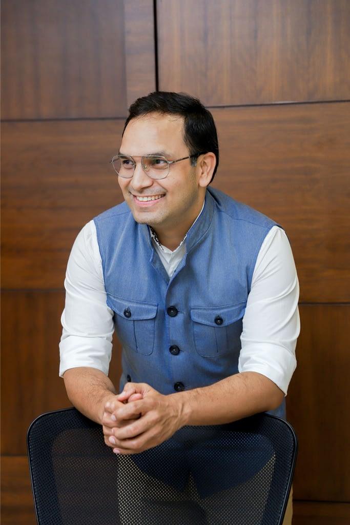 Dr Deepankar Dass
